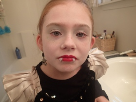 now for the makeup!! So cute for being dead.