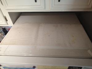 Top of fridge gets it pretty bad too!! EWWWW!!!